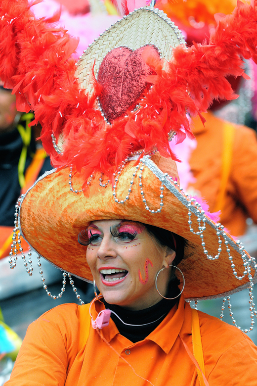 carnaval 2 - opname van de carnavalsoptocht in Tilburg