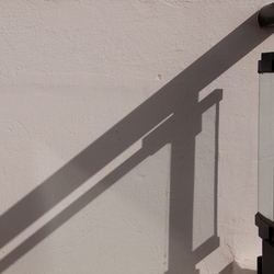 zon op het balkon