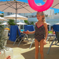 Donut game at Cala d'Or Mallorca Zoom