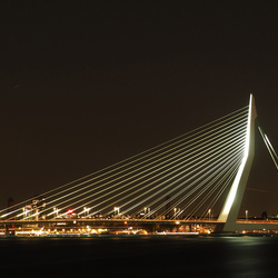 De Zwaan , met de Hef en Willemsbrug-2