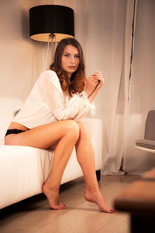 La belle Tatjana Deneve - Lingerie shoot<br /> <br /> Model : Tatjana De Neve<br /> Muah : Lenny van Eccelpoel<br /> by SjH Fotografie