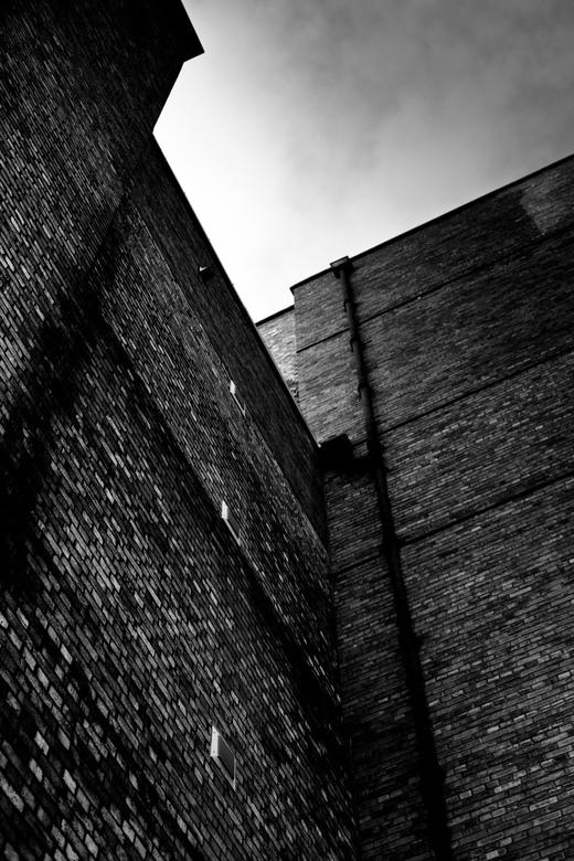 Waar de beatles ooit speelde... - Ik heb deze foto genomen in Liverpool achter het Liverpool Empire Theatre..Bij de stagedoor.. Deze stenen waren er a