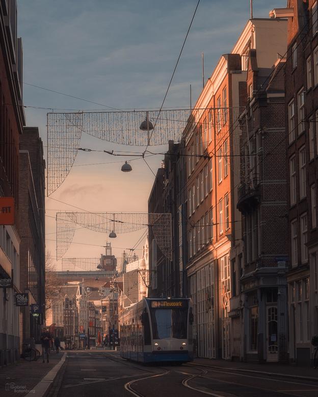 Late zon in de stad -