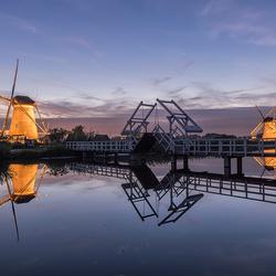 Coloring mills of Kinderdijk