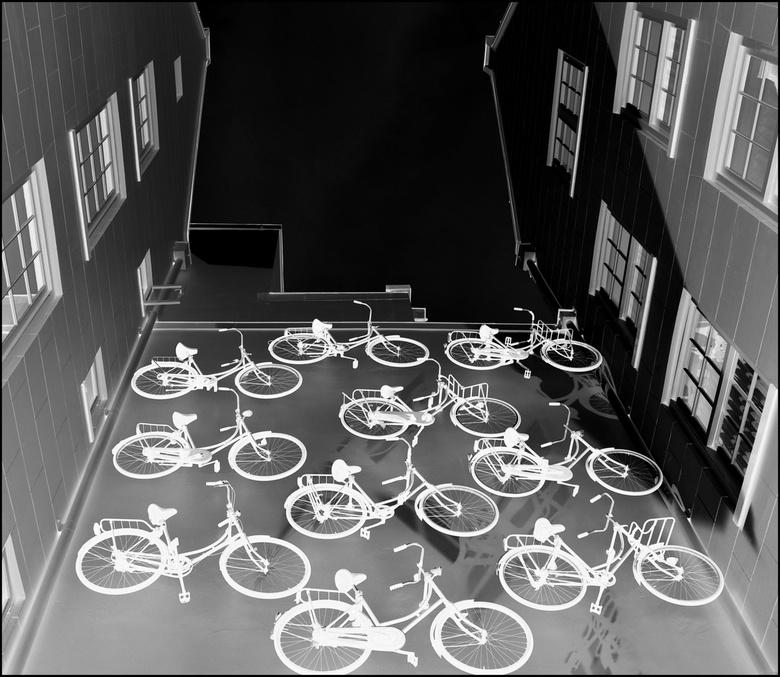 Het Witte Fietsenplan . . . - AMSTERDAM -  . . het Witte Fietsenplan . . wat nooit van de grond gekomen is . .?<br /> <br /> Gezien in een Patio . .
