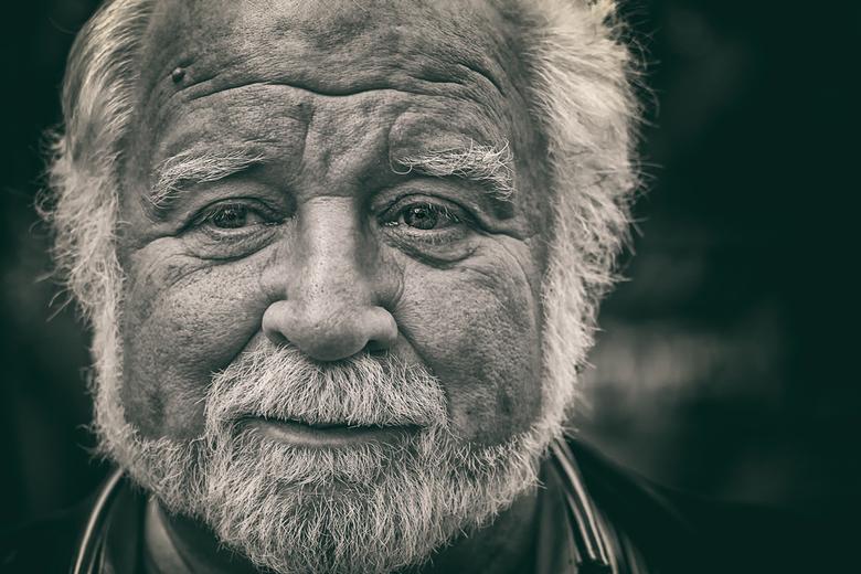 Old Enough To Know Better - Albert Cuyp, waar anders.<br /> Bedankt voor je reactie en tips en alvast een fijn weekend en blijf gezond<br /> gr.Rob<