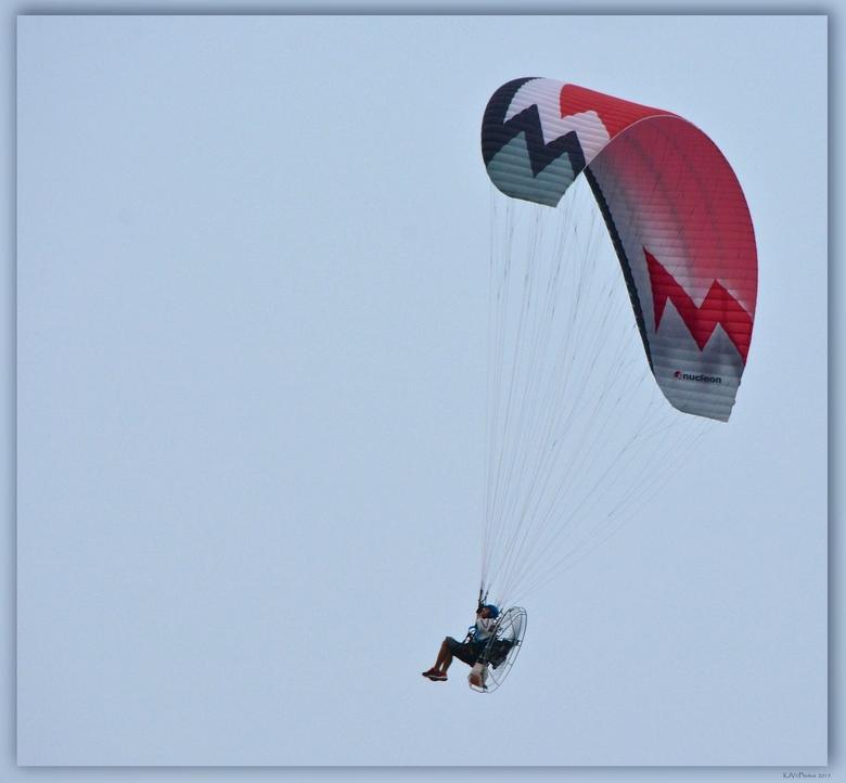 """Vlieger - Bedankt voor jullie reacties op de <a href=""""http://zoom.nl/foto/portret/historische-markt-veere-13.2790172.html"""">Historische markt Veere 13<"""