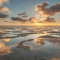 Reflecties en structuren bij de Waddenzee..............
