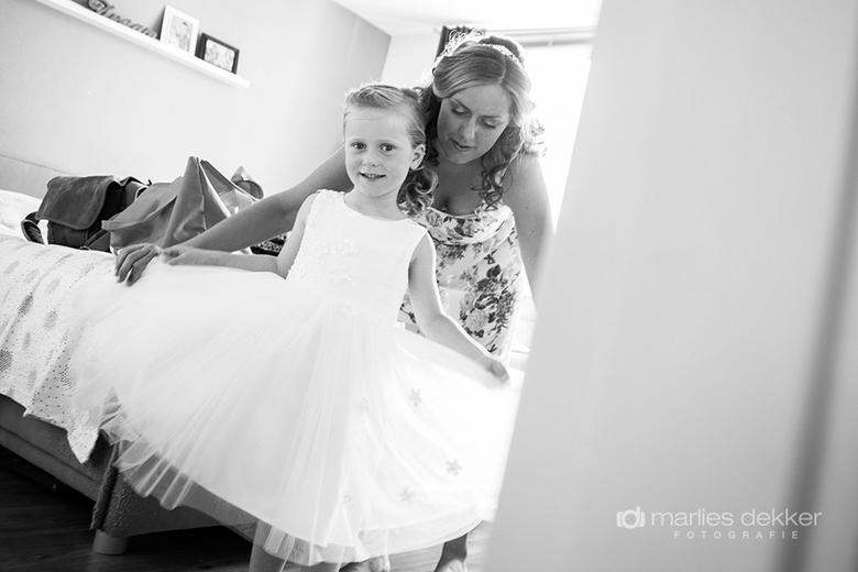meisjesjurk - Bruidsfotografie - Marlies Dekker Fotografie