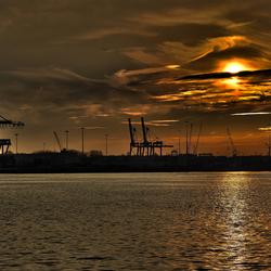 Waalhaven sunset 02