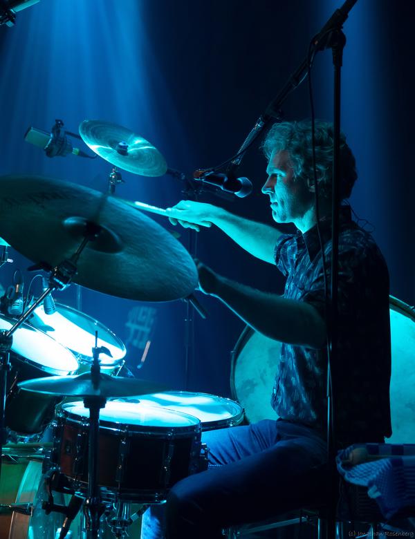 Juneville live @Roosje 039 - Foto gemaakt bij de releaseshow Obey the Heart van de band Juneville in Doornroosje in Nijmegen.