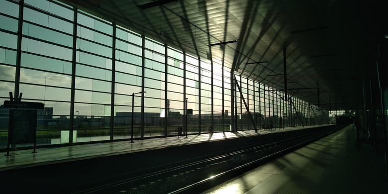 Station light - Wat wachten op de trein al niet op kan leveren...