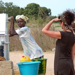 Gambia 2 2008 004