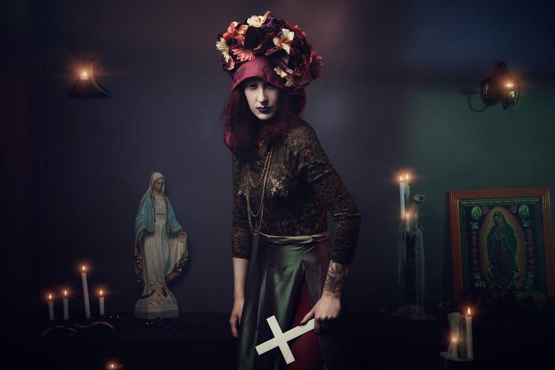 Holy Mary - Ass. Photographer: Jobke Rensen<br /> Clothing/Styling/Model: Vivian Kramer Gezegd Freher<br /> Ass. Styling: Anne van Driel<br /> Hair