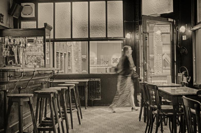 just for a pee - groot zien aub<br /> <br /> <br /> nog één van de echte buurtcafé&#039;s in Antwerpen