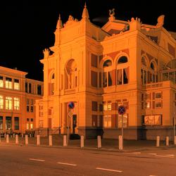 Stadsschouwbrug Groningen bij avond