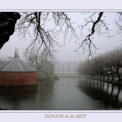 Zaterdag Ewsum, Donjon in de mist
