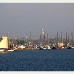 Vanaf de Houtribdijk . . . .