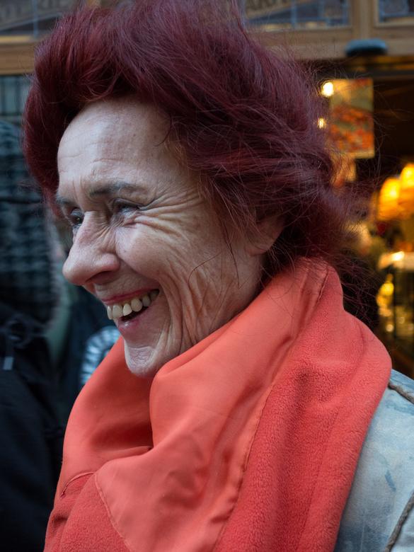 Lachen is gezond - Niets zo ontspannen als op straat een paar foto's maken en de verhalen van de mensen aan te horen.