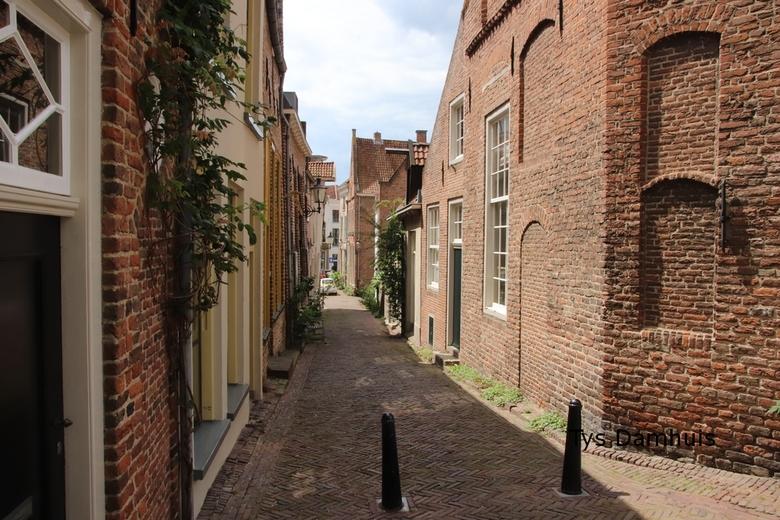 tys damhuis straat beeld 11-juli 20 (96) - straat in Deventer , gemaakt door tys damhuis