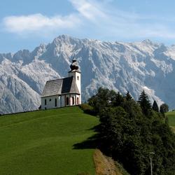 Dienten Oostenrijk