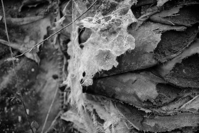 _DSC2988b - Overblijfselen van OP Foxtrot Srebrenica