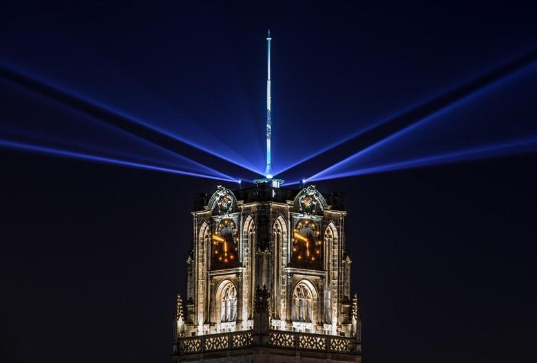 Laurenskerk Verlicht - Tijdelijke nieuwe lichtshow op de Laurenskerk