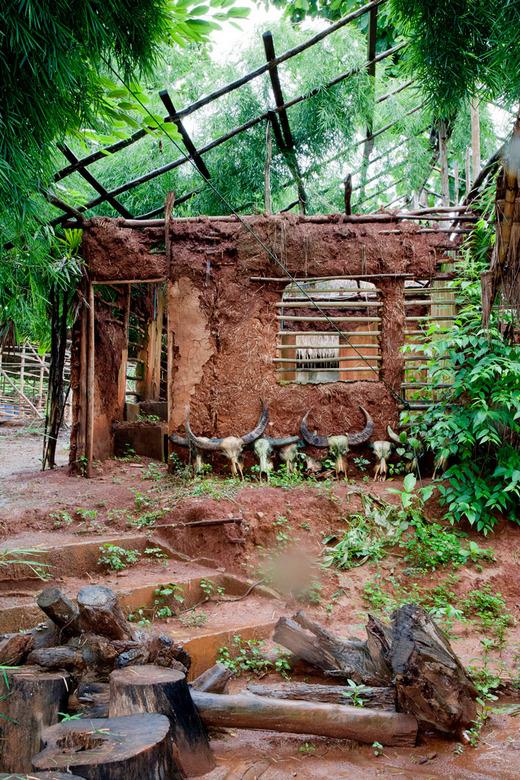 Longneck village - Hutje van de Longnecks te Chiang Rai Thailand.
