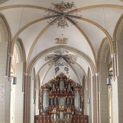Walburgiskerk interieur