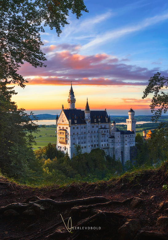 A Fairytale Moment – Detailed Crop