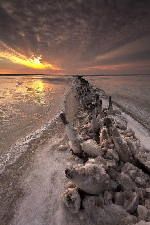 Winter op het Wad - Deze foto is gemaakt bij Ternaard (Friesland).