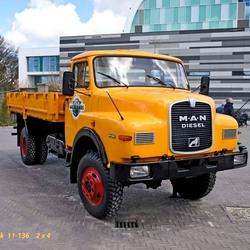 M.A.N. Diesel  truck  11-136   2 x 4.