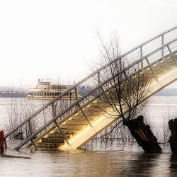 Overstroming Waal begin 2018
