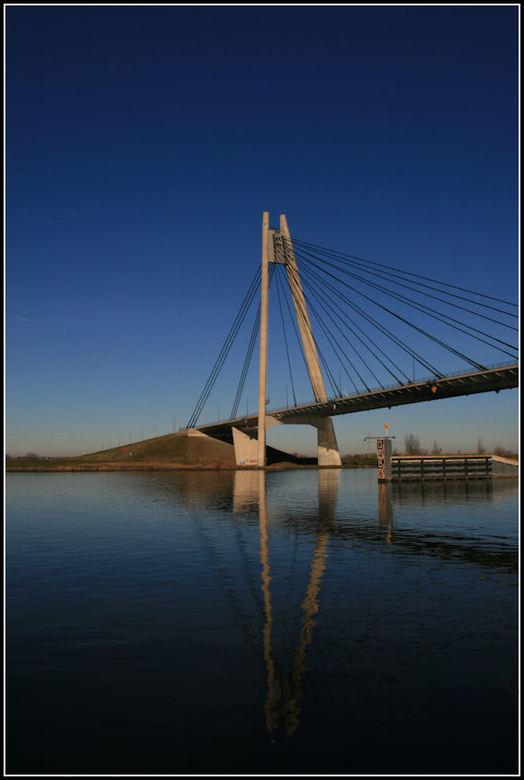 Eilandbrug 2 -