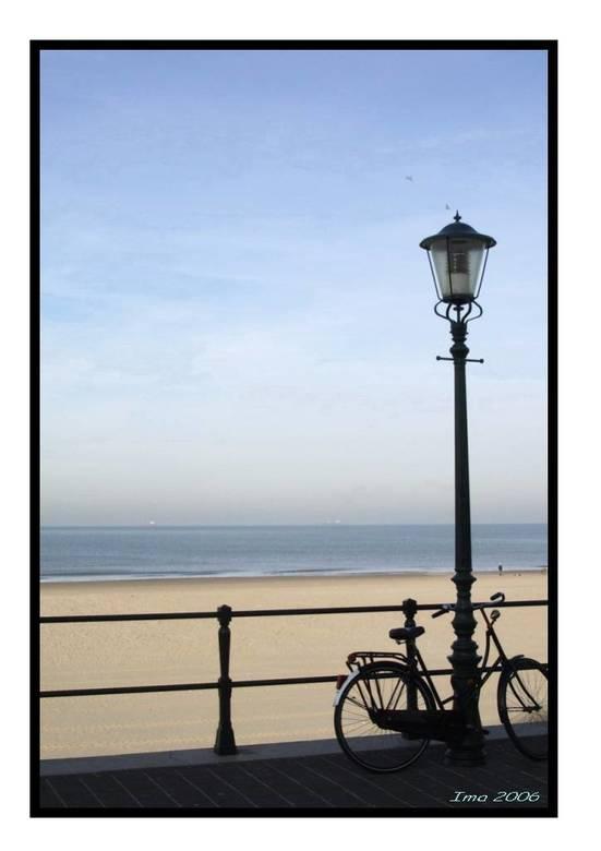 Wat een rust... - Het strand in de winter, heerlijk rustig!