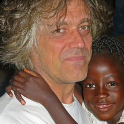 Spontane ontmoeting in Gambia