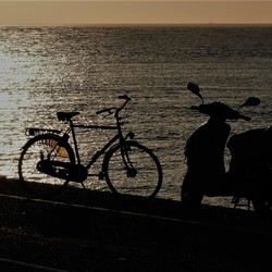 romantische tinder-match bij zonsondergang...?