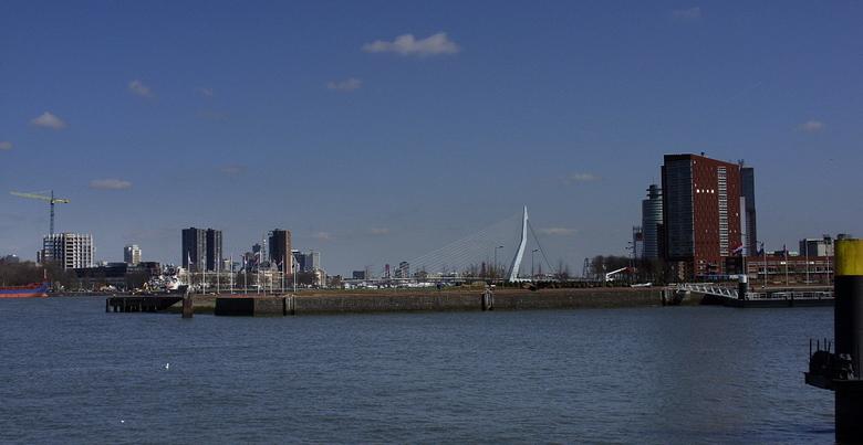 Haven Rotterdam - De foto is gemaakt vanaf het Charloise Hoofd.<br />