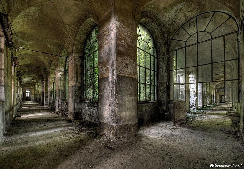 Manicomio di R. IV - Verlaten Psychiatrisch Ziekenhuis in Italië...