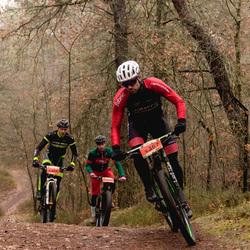 Mountainbike ... bochtje nemen