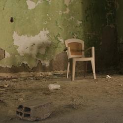 De eenzame stoel (urban)
