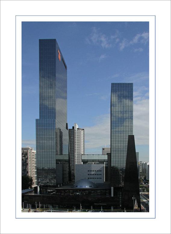 Nat.Ned. - Al menig maal gefotografeerd, het nationale nederlanden gebouw, het blijft een mooi foto object.