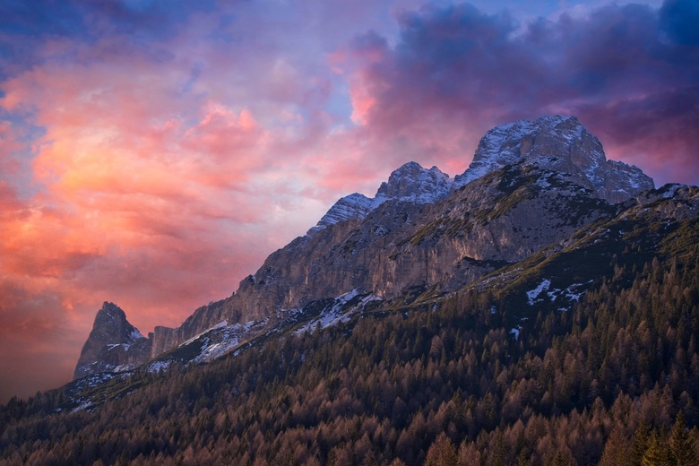 Dolomites Glory - The 2018 winter, we went to  Val Pusteria, Dolomites. Our location was perfect for some of the most iconic places on the Dolomites.