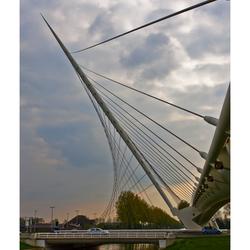 Calatrava 3 - Left Over