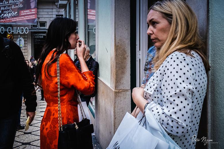 Dames in Lissabon -