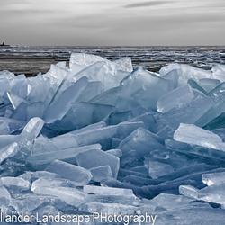kruiend ijs.jpg