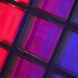 gekleurde glasbouw