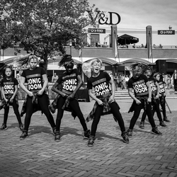 DansGroep SonicBoom MDCAssen In B&W