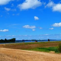 Dijk langs Gooimeer