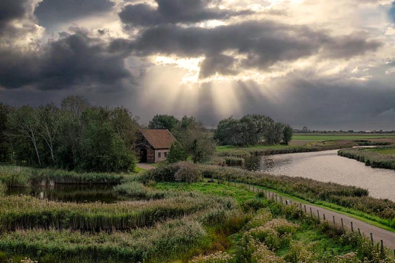 Groeten uit Bommenede, Schouwen-Duiveland. - Bommenede is een kleine buurtschap bij Zonnemaire en ligt aan het Grevelingenmeer.